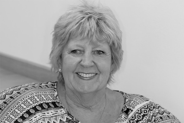 Mrs Cheryl Palmer